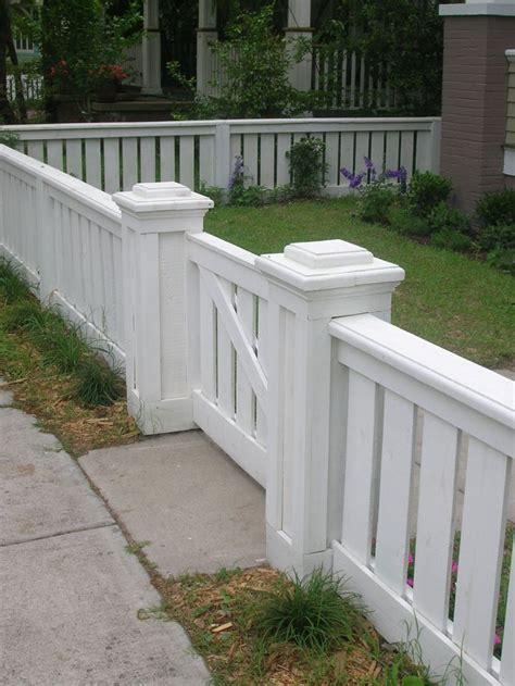 fence ideas for large yard best 25 front yard fence ideas on