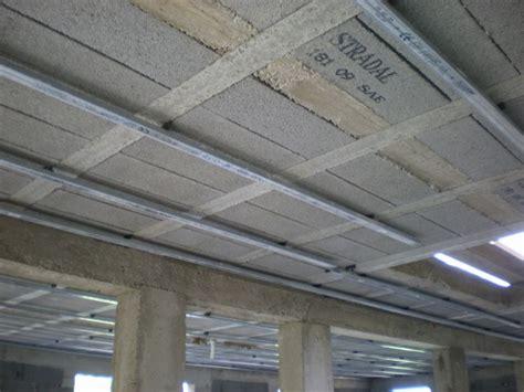 Fixation Rail Placo Plafond by Comment Poser Rail Placo Plafond La R 233 Ponse Est Sur