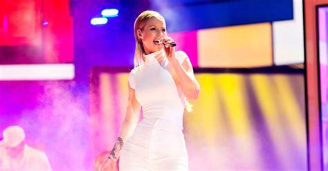 iggy azalea free listening videos concerts stats and iggy azalea postpones tour due to production hiccups ny