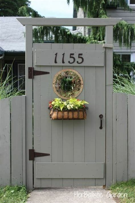 pallet and reclaimed wood projects side gates doors and