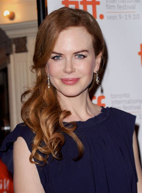 celebrities with auburn hair and are young 26 best auburn hair colors celebrities with red brown hair