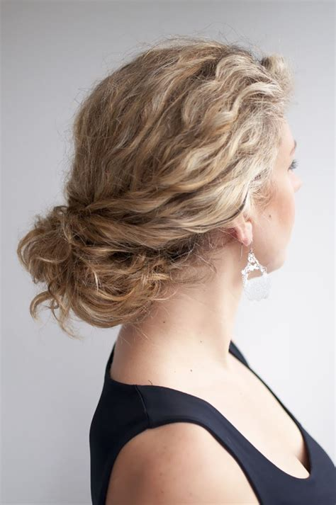 wavy hairstyles how to do it bun lovin the tools tricks and tutorials for perfect