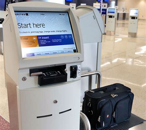 united check in baggage united rolls out self tagging at chicago o hare