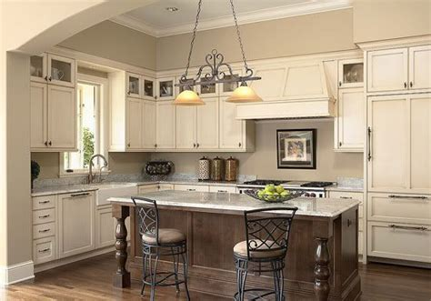 Warm White Kitchen Cabinets Pictures Of Warm White Cabinets With Lighter Granite Kitchen Pinterest