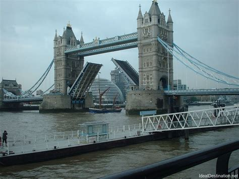 thames river cruise tower bridge tower bridge and thames river cruise 10 reasons to visit