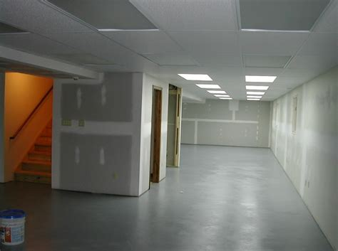 concrete floor coverings basement basement floor covering the great ways to protect your basement flooring ideas floor design