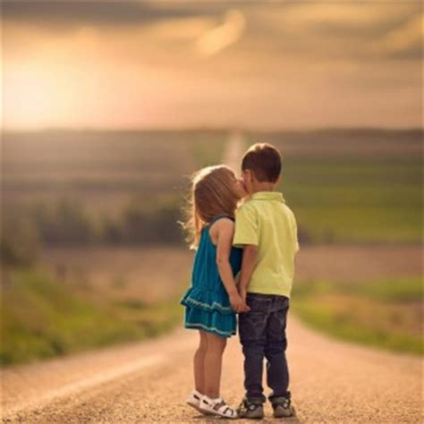 kid couple wallpaper hd tag for litel cupal kiss hd wallpaper valentines day