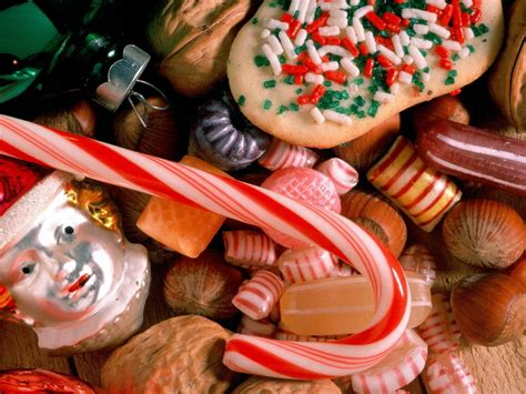 images of christmas goodies candy canes christmas wallpaper 2736102 fanpop