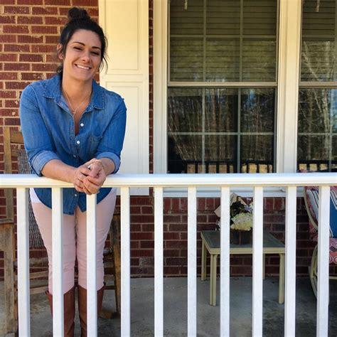 jobs that provide housing reports on provide housing jobs for 6 women leaving