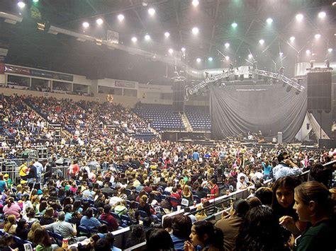 dodge arena concerts dodge arena hidalgo s