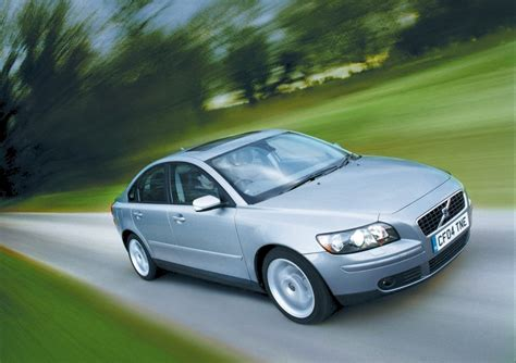 Vovlo S40 Review by Volvo S40 Saloon Review 2004 2012 Parkers