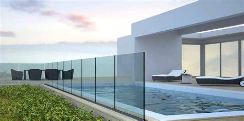 parapetti terrazze balaustre in vetro paraventi pensiline e accessori metalglas