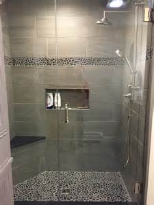 dusche fliesen charcoal black pebble tile border shower accent pebble