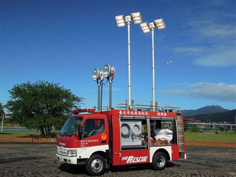 scan light tower mobile portable vertical light light towers