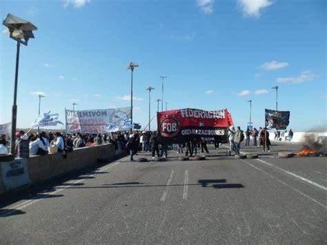 corte en autopista buenos aires la plata corte autopista buenos aires la plata argentina