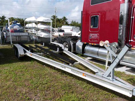 magic tilt aluminum boat trailers trailer magic tilt dual axle 25 28 8200lb capacity the