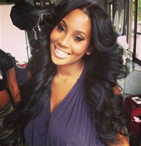 how to style weave with center part my style i hair weaves wigs lacefronts etc on