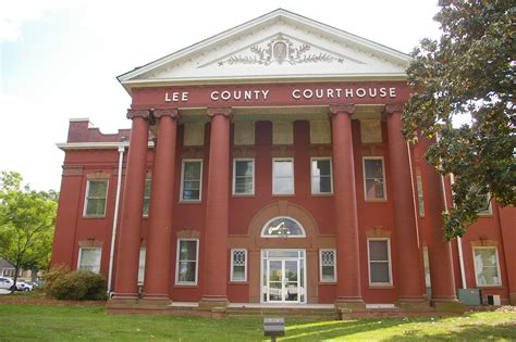 lee county  courthouses