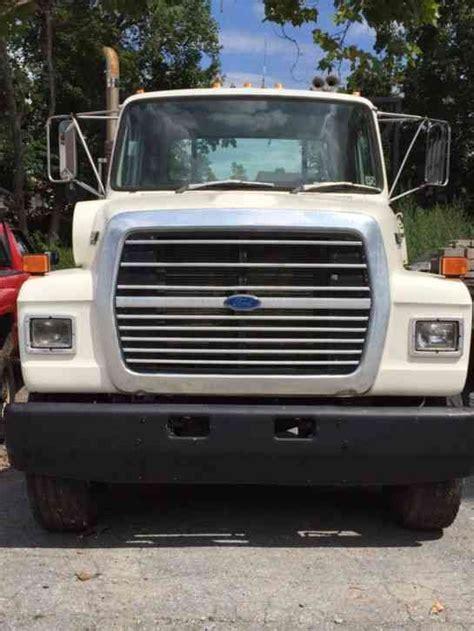 volvo heavy duty truck volvo white gmc wg64 1995 heavy duty trucks