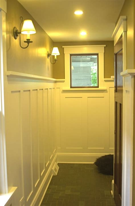 Craftsman Wainscoting by 17 Best Ideas About Craftsman Window Trim On
