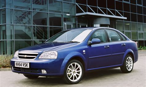 chevrolet lacetti saloon review 2005 2006 parkers