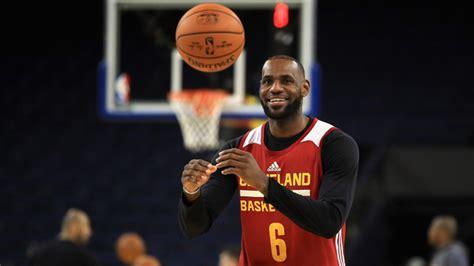 basketball superstar lebron la home vandalised with