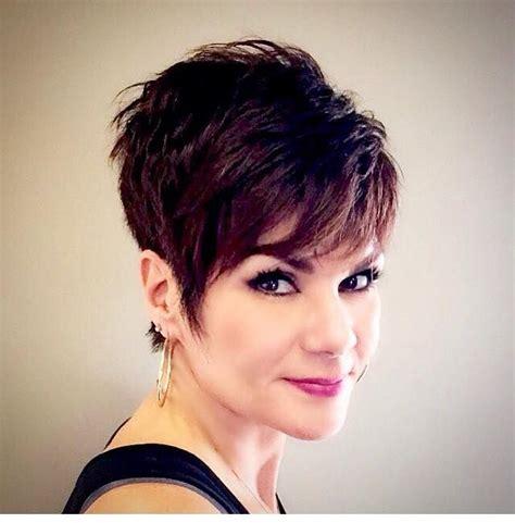 pixie haircut for 30 year olds 25 beste idee 235 n over kurzhaarfrisuren ab 50 op pinterest