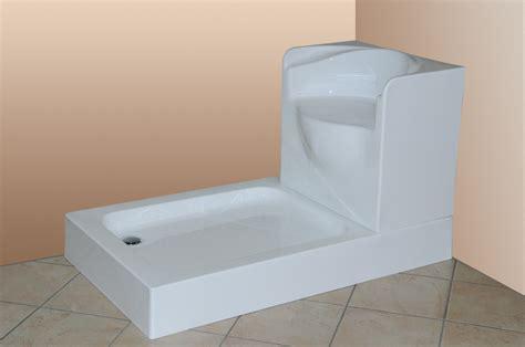 docce con seduta da vasca a doccia in un giorno sostituzione vasche