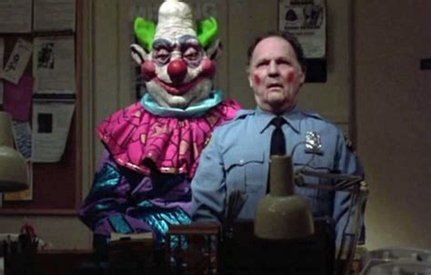 killer klowns  outer space review netflix instant reviews news forums instant