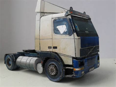 Papercraft Truck - volvo fh12 truck free vehicle paper model