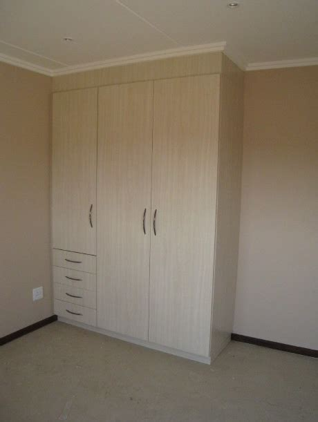 Tnt Wardrobes by Built In Wardrobes