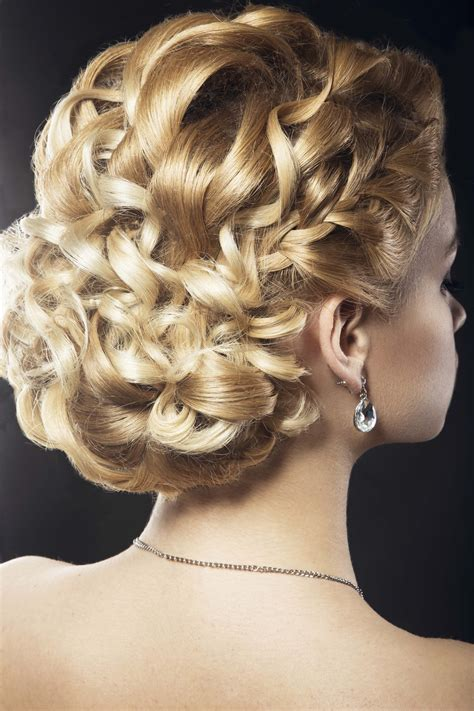 9 wedding updos for curly hair