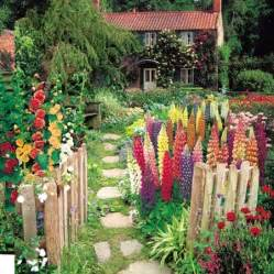cottage gardens plants charming cottage gardens a cultivated nest