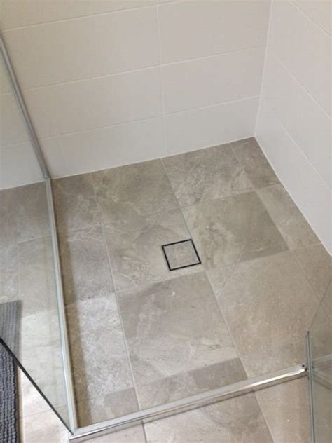 floor livingstone grey matt ceramic   mm grate