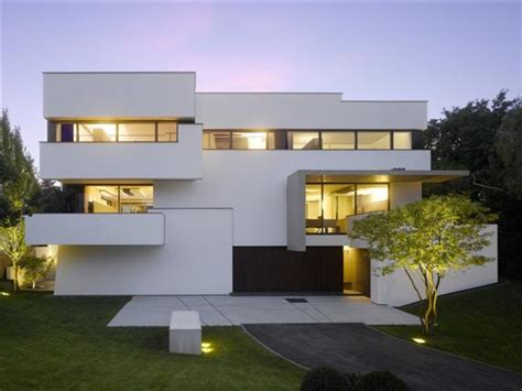 modern strauss residence in stuttgart germany layerbag
