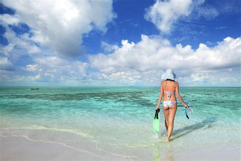 roatan dive your guide to roatan scuba diving trip sense
