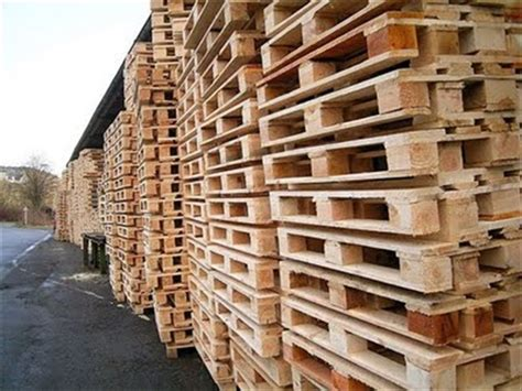 From Wooden Pallets by Ideas For Wooden Pallet Crafts 8 Pallet Furniture 101
