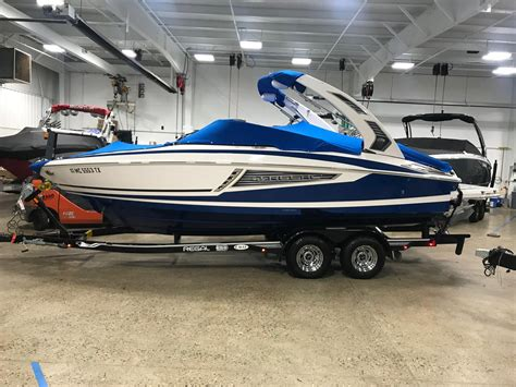 regal boats 2300 rx 2016 regal 2300 rx surf used boat warehouse