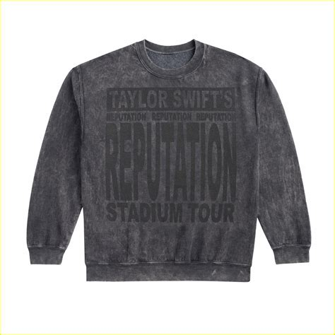 taylor swift tour paris get your taylor swift tour merch before you see the show
