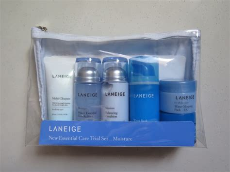 Laneige Moisture Care Miniature Set the blackmentos box review laneige moisture new