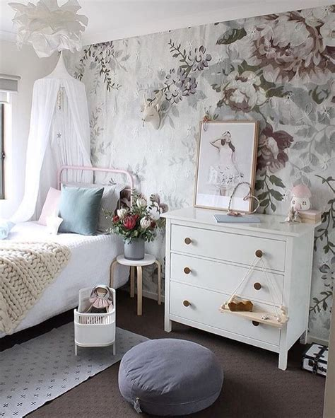 whimsical bedroom whimsical bedrooms photos and video wylielauderhouse com