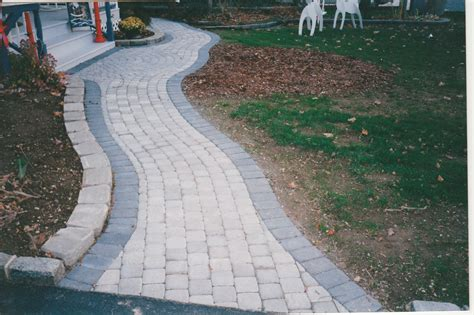 twelve front yard walkways ideas concrete pavers guide - Front Yard Walkway Ideas