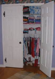 file wall closet jpg wikimedia commons