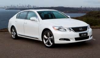 lexus gs review and photos