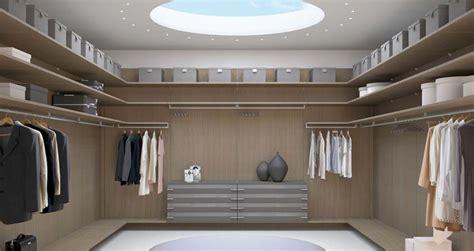 cabina armadio con finestra come illuminare la cabina armadio