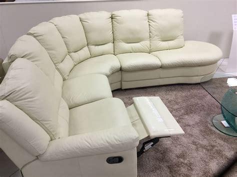 divano letto angolare in pelle divano angolare calia city in pelle