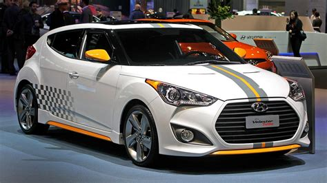 Price Of Hyundai Veloster by The New Hyundai Veloster Is Coming In Early 2018 The Drive