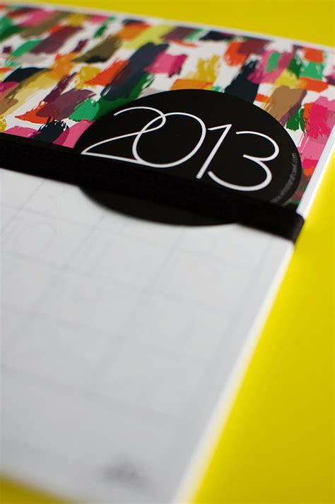 desain kalender unik dan menarik jasa desain kalender professional becakmabur brand