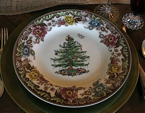 vignette design christmas tree grove tablescape 2010