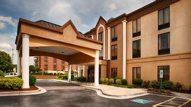 pet friendly hotels  greensboro north carolina